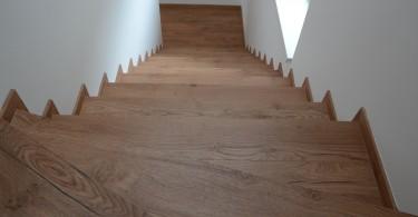 Lépcsőburkolás
